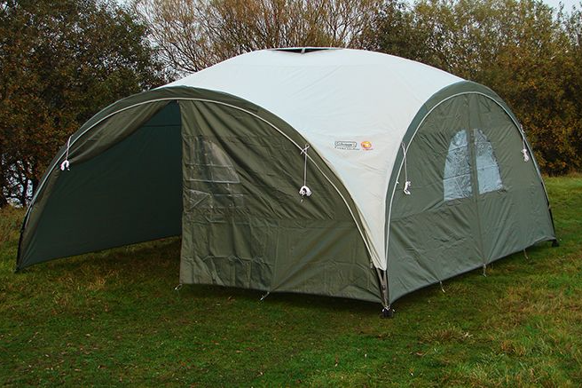 4.5m x 4.5m Coleman Event Shelter Package XL Pro (Inc Sides + Groundsheet) & 4.5m x 4.5m Coleman Event Shelter Package XL Pro Inc Sides Groundsheet